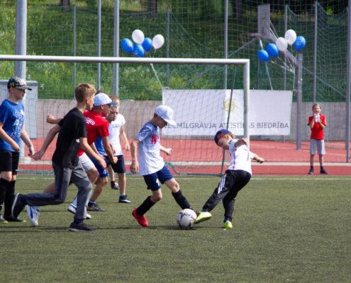 Izsludina konkursu par finansiālu atbalstu sporta svētku organizēšanai Rīgas apkaimēs