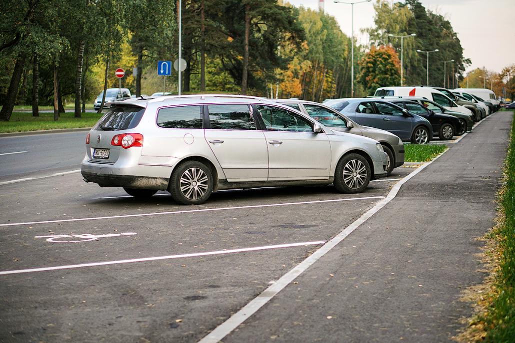Auto stāvvietas